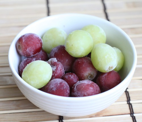 frozen-seedless-grapes