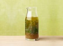 Dicas e receitas para melhorar seus molhos de salada