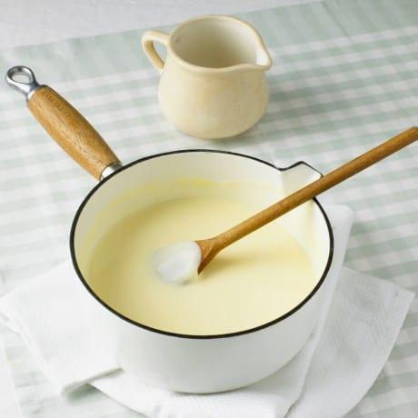 comment-preparer-une-creme-anglaise-e1445427993379