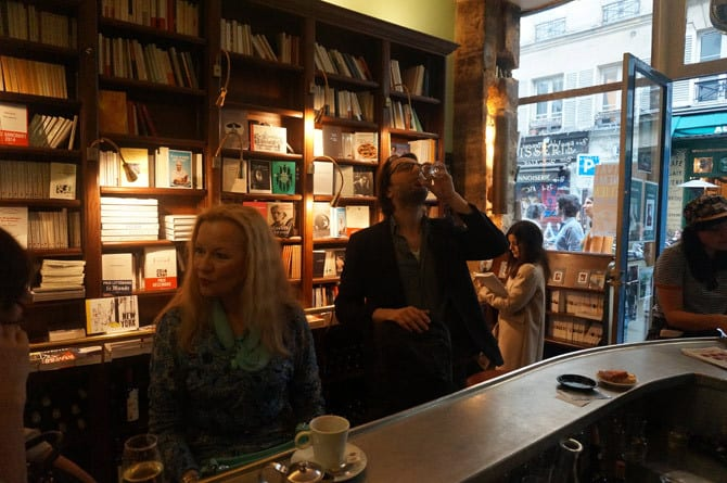 bar-a-livre-belle-hortense-marais-paris-zigzag