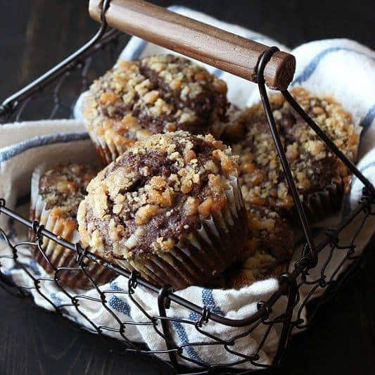 chocolate-coffee-toffee-crunch-muffins