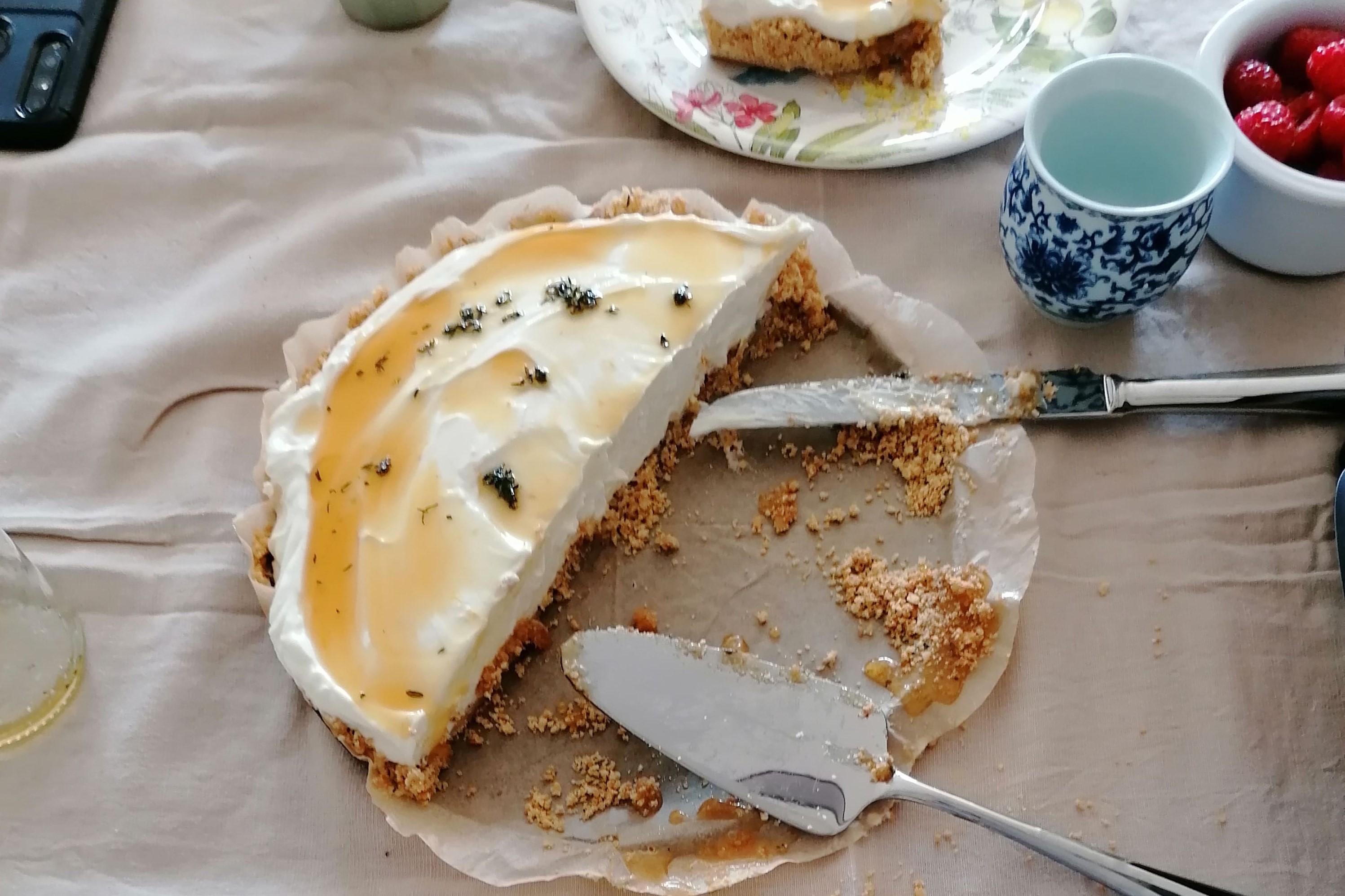 Cheesecake sem forno de Iogurte, Mel e Tomilho