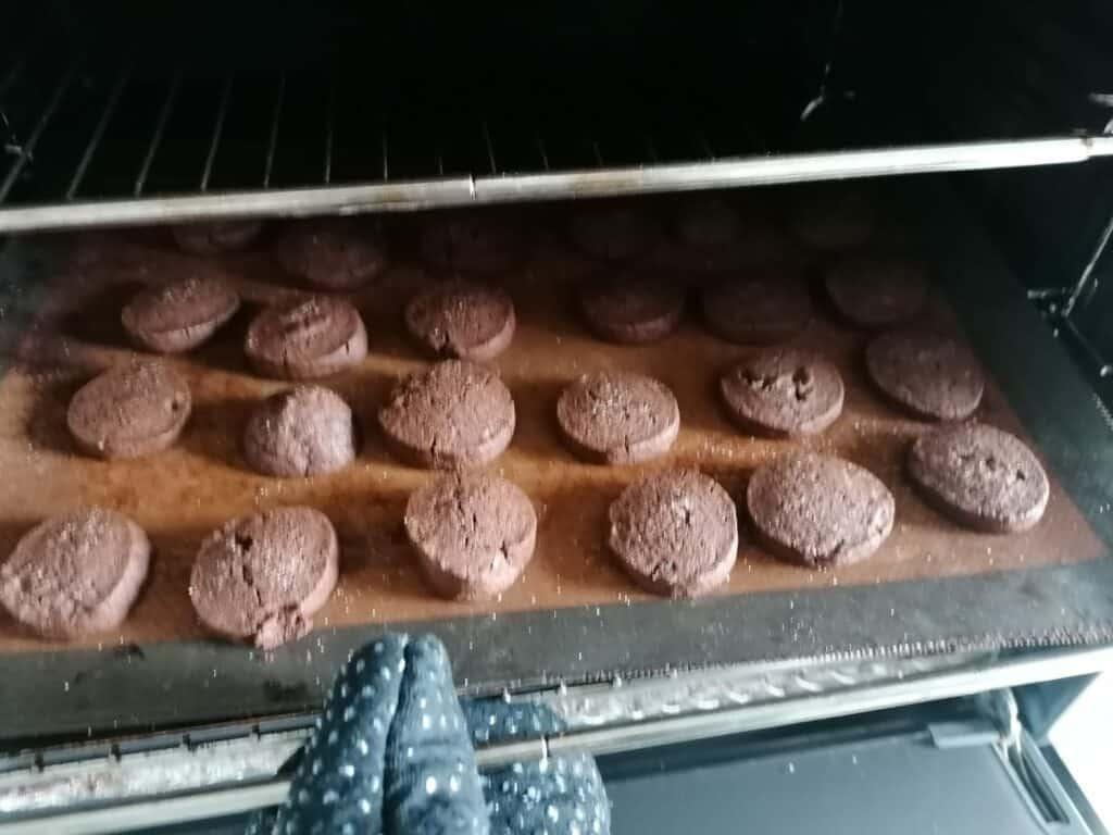 biscoitos de chocolate eu como sim